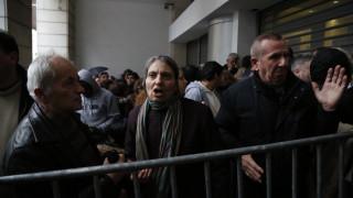 ΚΕΑ: Εξαγριωμένος πολίτης ξεσπά για την ταλαιπωρία (vid&pics)
