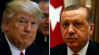 Την υποστήριξη των ΗΠΑ στην Τουρκία επανέλαβε ο Τραμπ