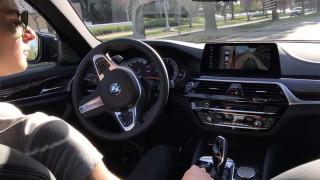 Το Parking Assistant Plus της BMW λειτουργεί χωρίς τη συμμετοχή του οδηγού