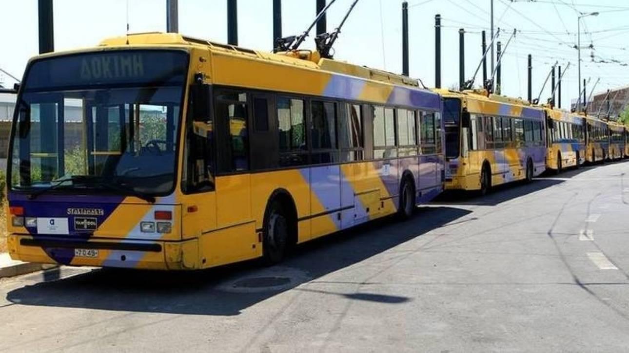 Επίθεση αντιεξουσιαστών σε λεωφορείο του ΟΑΣΑ