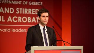 Χουλιαράκης: Την  ώρα του EWG θα δίνει ομιλία στο LSE