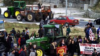 Μπλόκα αγροτών: Κρίσιμη συνάντηση με Αποστόλου ενόψει της καθόδου στην Αθήνα