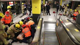 Στις φλόγες βαγόνι του μετρό στο Χονγκ Κονγκ – 18 τραυματίες (pics)
