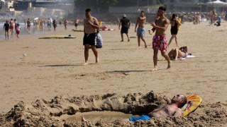 Καύσωνες έως και 48 βαθμούς Κελσίου απειλούν την Αυστραλία (pics)