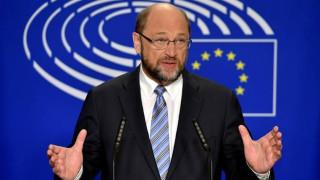 Σούλτς : H ελληνική κυβέρνηση έχει καταφέρει πολλά αλλά…