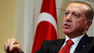 Στις 16 Απριλίου το δημοψήφισμα για τη συνταγματική αναθεώρηση στην Τουρκία