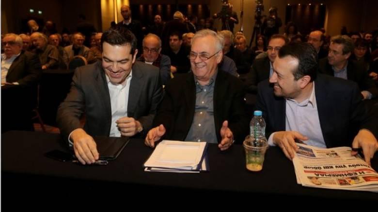 Τα γέλια του Τσίπρα με τον Παππά και τον Δραγασάκη (pics)