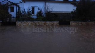 Πλημμύρισε ξανά η Σούδα – Κινδύνευσε μία ηλικιωμένη (pics&vid)