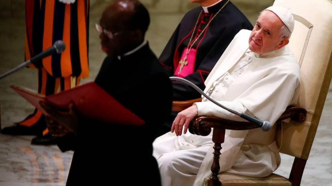 Η συγγνώμη του πάπα Φραγκίσκου για τους παιδεραστές ιερείς