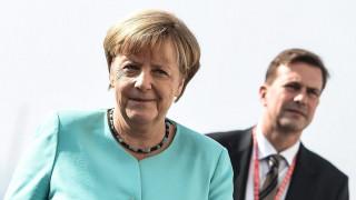 Ζάιμπερτ: Προσηλωμένη στην επιτυχία του ελληνικού προγράμματος η Γερμανία
