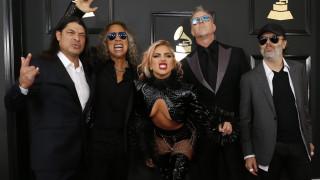 Grammys 2017: Ποιους εξόργισε το ντουέτο Lady Gaga-Metallica