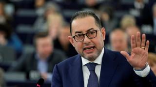 Πιτέλα: Ο Σόιμπλε κρατά όμηρους την Ελλάδα και όλη την Ευρώπη