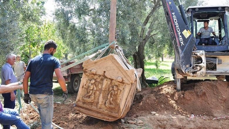 Αρχαίοι ταφικοί θάλαμοι ανακαλύφθηκαν στην Προύσα