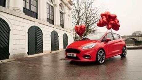 Η Ford αφιερώνει την ημέρα του Αγίου Βαλεντίνου σε όσους δεν μπορούν να τη γιορτάσουν