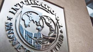 Τον Απρίλιο η αναθεώρηση των στοιχείων του ΔΝΤ για την Ελλάδα