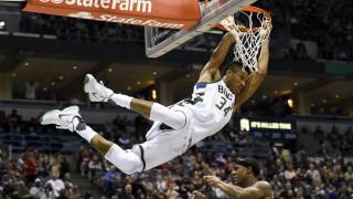 NBA: ο Ντουράντ αποθεώνει Αντετοκούνμπο