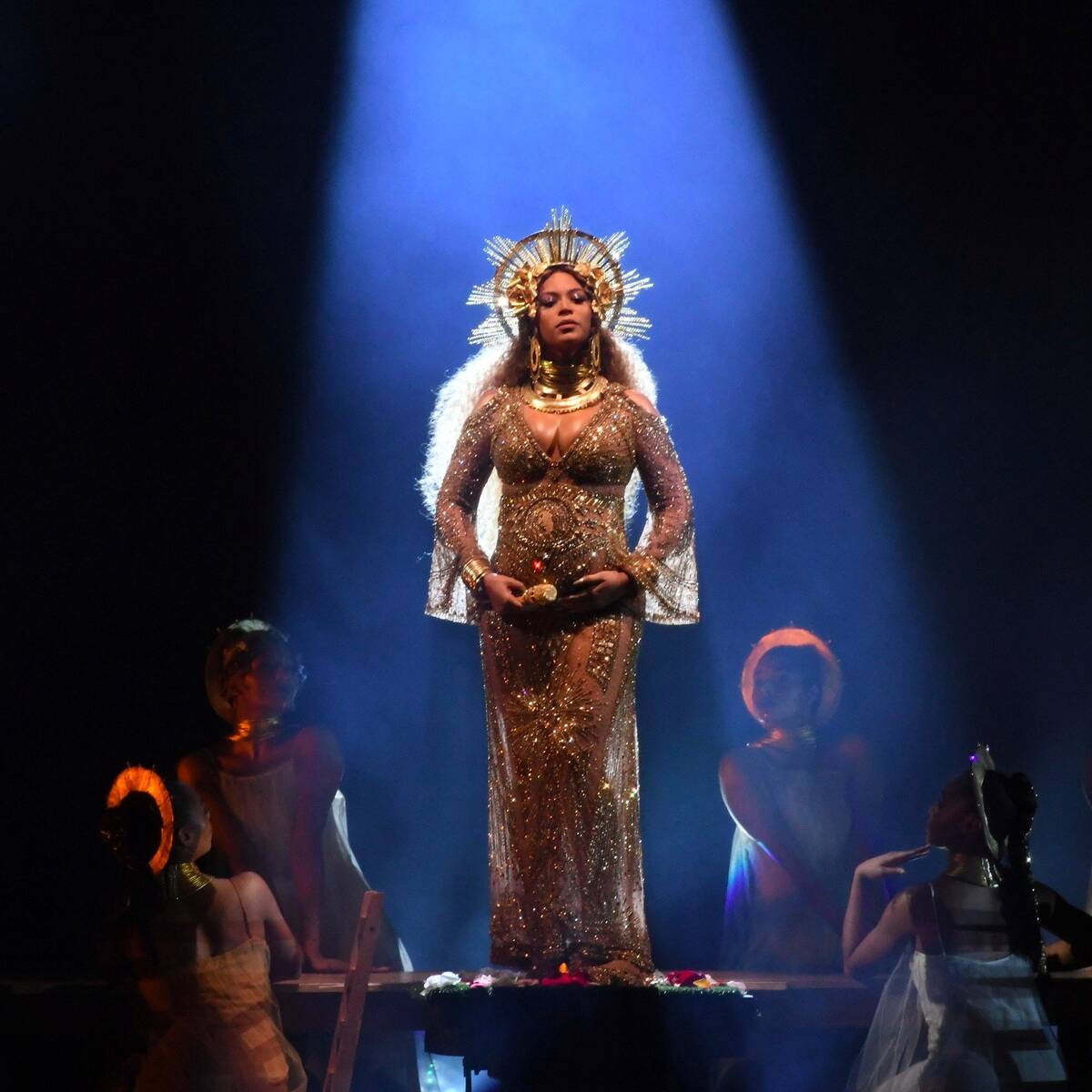 Beyonce Knowles Performance Video 2017 Grammys