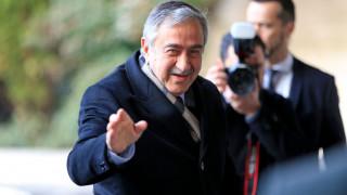 Μ. Ακιντζί: Ο Αναστασιάδης έφυγε, όχι εγώ