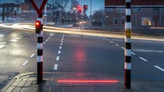 Ολλανδία: Διαβάσεις πεζών για τους… κολλημένους με τα smartphones