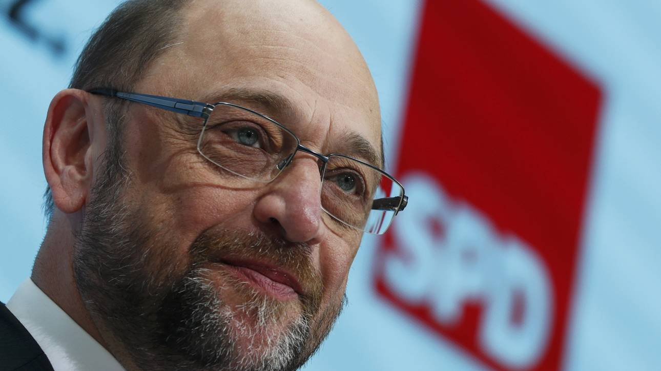 Politico: Το SPD του Σουλτς στηρίζει στην Ελλάδα κόντρα στον Σόιμπλε