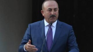 Έμμεσες απειλές Τσαβούσογλου για το Κυπριακό: «Θα πράξουμε τα δέοντα»
