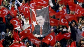 Ο Ερντογάν ξεκίνησε την εκστρατεία του ενόψει του δημοψηφίσματος