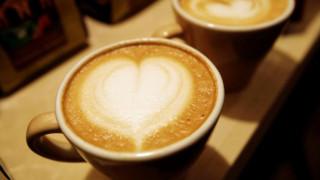 8 εκπληκτικά πράγματα που μπορείτε να προσθέσετε στον καφέ σας