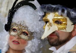 Οι εντυπωσιακές στολές από το καρναβάλι της Βενετίας