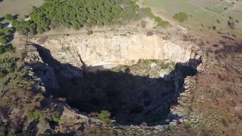 Χάος: Ο «κρατήρας» της Αττικής από ψηλά