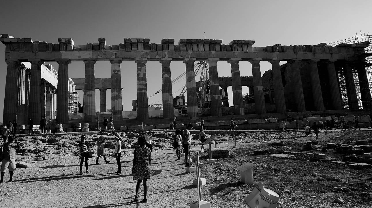 Κονιόρδου για το αίτημα Gucci: Μνημείο-σύμβολο της Δημοκρατίας ο Παρθενώνας
