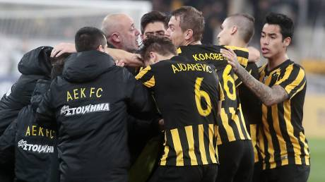 Super League: νίκη γοήτρου και ουσίας της ΑΕΚ επί του Ολυμπιακού