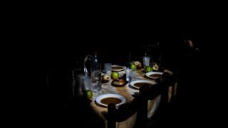 Reuters:Όλο και πιο βαθιά στη φτώχεια βυθίζεται η Ελλάδα
