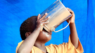 Unicef: 1,4 εκατομμύρια παιδιά κινδυνεύουν να πεθάνουν από πείνα