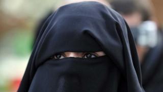 Βαυαρία: Απαγόρευση της χρήσης μπούρκας επτά μήνες πριν τις εκλογές