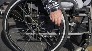 Την προστασία των ατόμων με αναπηρία από νέα μέτρα ζητά η ΕΣΑμεΑ