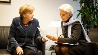 «Υποσχετική» Λαγκάρντ σε Μέρκελ για το ελληνικό πρόγραμμα