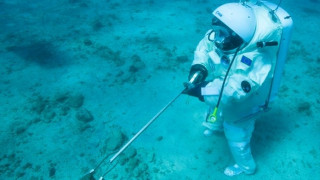 Τι δουλειά έχει ένας αστροναύτης στο βυθό της θάλασσας;
