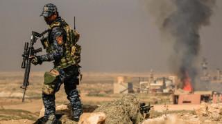 Μάχες στο αεροδρόμιο της Μοσούλης ανάμεσα σε στρατό και τζιχαντιστές (pics)
