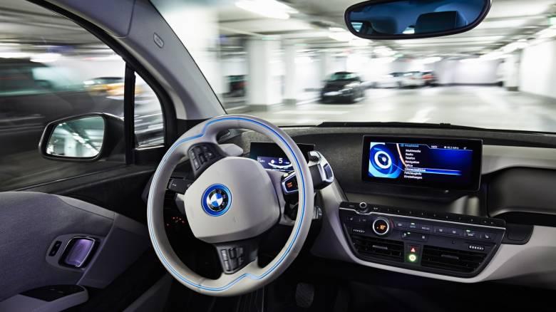 Ευάλωτα τα συνδεδεμένα αυτοκίνητα στις διαθέσεις των χάκερ