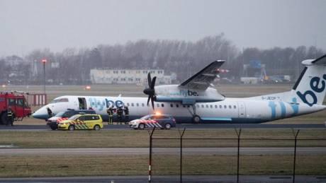 Κινηματογραφική… ανώμαλη προσγείωση στην Ολλανδία (pics&vid)