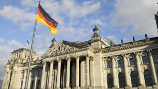 Επιμένει η Γερμανία για το χρέος παρά τις πιέσεις του ΔΝΤ: Ίσως ληφθούν μέτρα