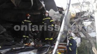 Λάρισα: Πυρκαγιά κατέστρεψε ολοσχερώς τυροκομείο (pics)