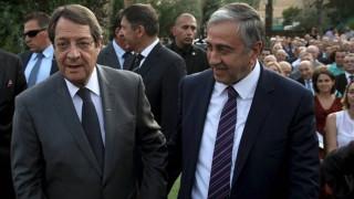 Ακκιντζί προς Ελληνοκύπριους: Μην κρύβεστε πίσω από το δημοψήφισμα