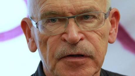 Ο Γερμανός δημοσιογράφος και ακτιβιστής Βάλραφ επέστρεψε στις φυλακές Κορυδαλλού