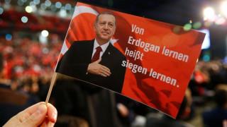 Μυστήριο με τα σενάρια επίσκεψης Ερντογάν στη Γερμανία