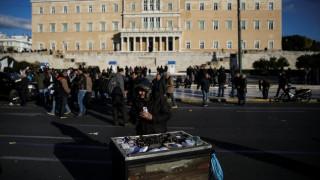 Spiegel: Πιθανό ένα τέταρτο πρόγραμμα για την Ελλάδα