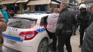 Πάτρα: Έφοδος της αστυνομίας και προσαγωγές μικροπωλητών (vids&pics)