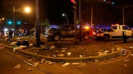 Νέα Ορλεάνη: Αυτοκίνητο έπεσε στο πλήθος κατά τη διάρκεια παρέλασης – 28  τραυματίες