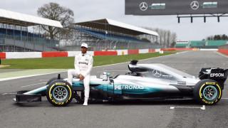 F1: ξεκινούν τα δοκιμαστικά για τα νέα μονοθέσια στην Βαρκελώνη (vid)