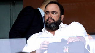 Ο Βαγγέλης Μαρινάκης ζήτησε στήριξη σε παίκτες και προπονητή